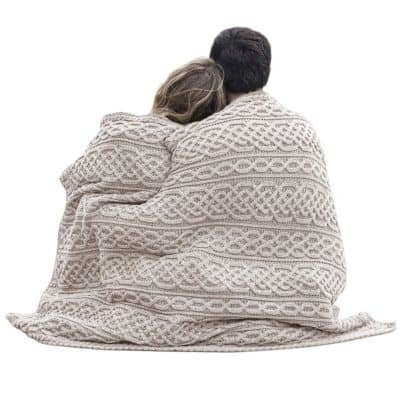 Irish Cable Knit Throw - Oatmeal
